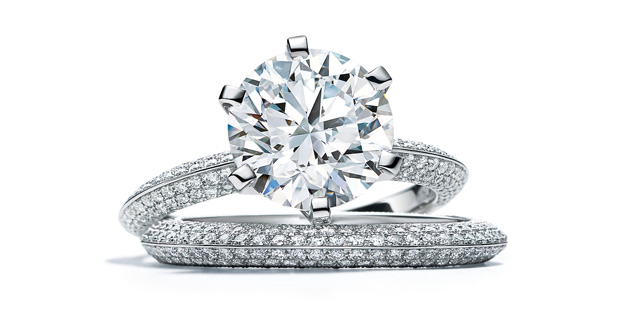 パヴェ ティファニー セッティング ダイヤモンドリング